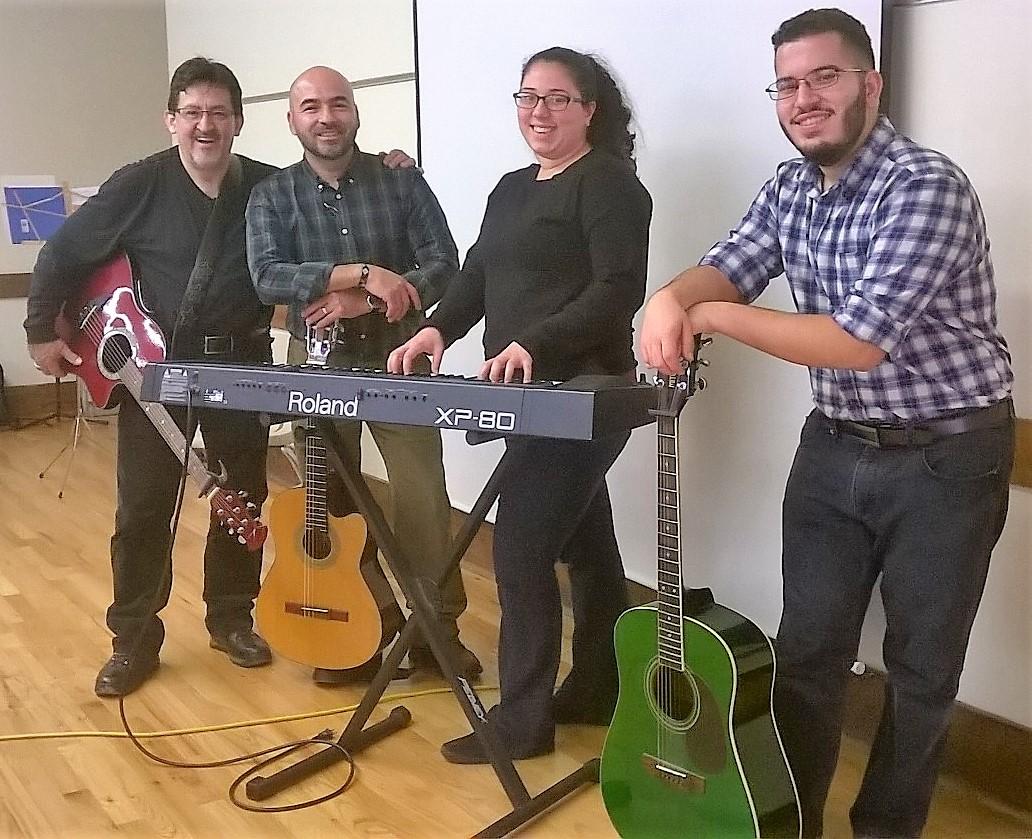 grupo-de-alabanza-retiro-2016