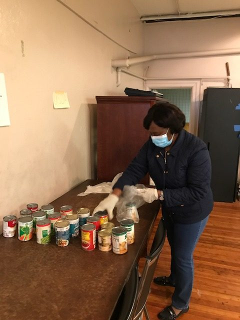 2020 April  Food Pantry- Social Distancing